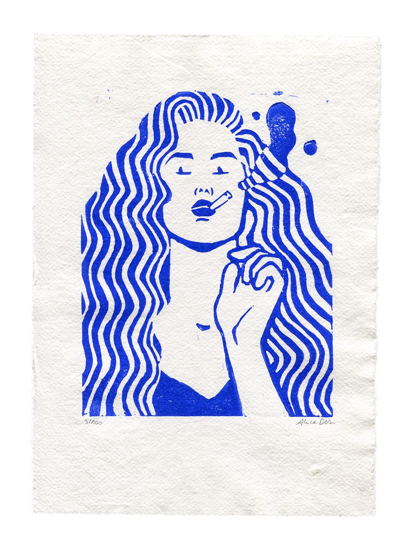 Alice Des – The Smoker